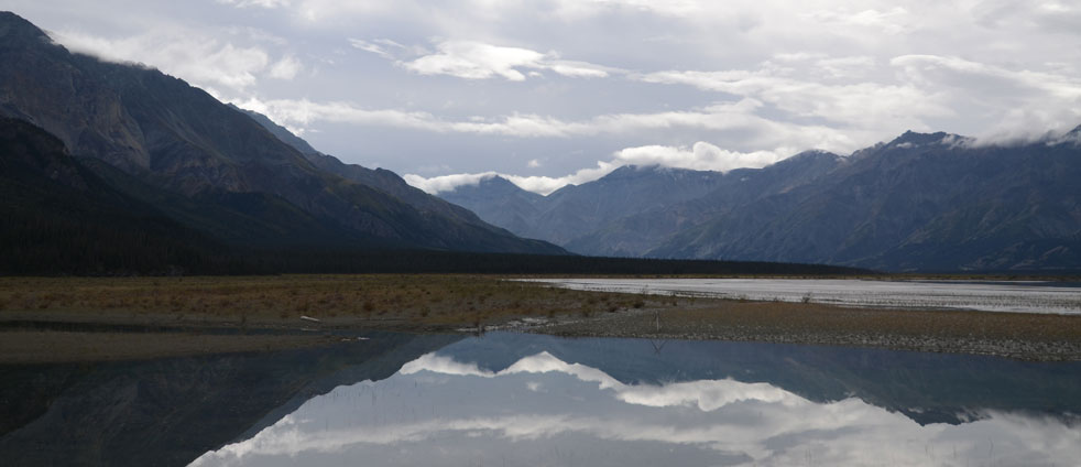 mirrors-kluane-lake